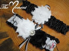 This cute Country Girl Ribbon Garter is made with black Satin Ribbon, accented with Shabby chic flowers The set includes a Keepsake garter as well as a Toss-away garter. These garters are made of qual Camo Wedding, Wedding Garter, Diy Wedding, Rustic Wedding, Wedding Black, Wedding Ideas, Camo Garter, Black Garter, Cute Country Girl