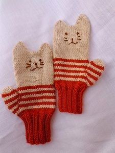Orange Tabby Kitten Mittens - Animal lovers of all kinds will adore these Orange Tabby Kitten Mittens. Whether you love cat videos or are an aspiring crazy cat lady, this adorable mitten knitting pattern is great for anyone who whats to learn how to make mittens they will keep with them for winters to come. Add a bit of whimsy to your winter ensemble with these cute and warm cat mittens. Also, these kitten mittens are the purr-fect gift for your favorite feline lover.