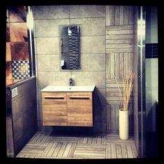 Δημιουργίες των εκθέσεων μας στην Ανθούσα, Πειραιά και Χαϊδάρι. Μπάνιο Πειραιά #kypriotis #kipriotis #plakakia #anakainisi #athens #ellada #greece #hellas #banio #dapedo Vanity, Bathroom, Home, Dressing Tables, Washroom, Powder Room, Vanity Set, Full Bath, Ad Home