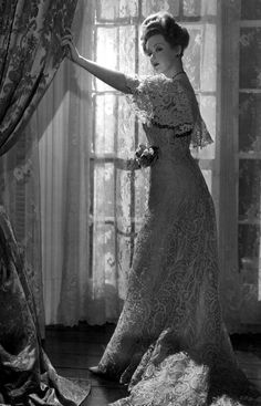Bette Davis - by George Hurrell 1941 - The Little Foxes