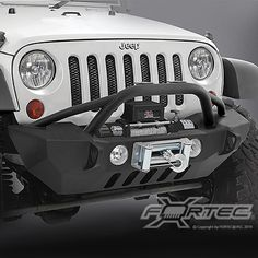 Smittybilt® XRC Gen 2 Max Front Stubby Bumper in Textured Black with Winch Cut-Out for 07-up Jeep® Wrangler & Wrangler Unlimited JK