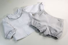 DIY Sewing how to make a baby pants (free patterns) Baby Outfits, Kids Outfits, French Baby, Knitted Baby Clothes, Baby Sewing Projects, Frilly Dresses, Baby Couture, Baby Pants, Baby Shirts