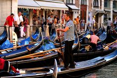Having the Best Gondola Ride in Venice Italy Gondola Venice, Venice Italy, Italy Tourist Attractions, Beautiful Vacation Spots, Italy Vacation, Paris Travel, Romantic Travel, Travel Posters, Sailing