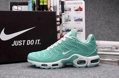 reputable site 057cd 9691a Nike Air Max Femme, Nike Air Max Tn, Nike Air Max For Women, Cheap Nike Air  Max, Nike Women, Sneakers Women, Nike Sneakers, Air Max Sneakers, Nike Shoes