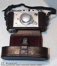 Sapevate che la @DucatiMotor è del 1924 e ha prodotto anche macchine fotografiche?