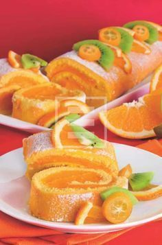 Roll with orange cream for dessert or snack Sweets Recipes, Wine Recipes, Healthy Recipes, Italian Desserts, Italian Recipes, Antipasto, Jelly Roll Cake, Tortillas Veganas, Kolaci I Torte