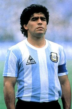 Diego Armando Maradona (born 30 October is an Argentine football manager… Football Icon, Best Football Players, Good Soccer Players, Retro Football, Football Stadiums, Sport Football, Champions League, Argentina Football, Leotards