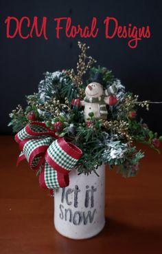 Christmas Canvas, Christmas Wreaths, Christmas Decorations, Holiday Decor, Christmas Arrangements, Flower Pots, Flowers, Floral Design, Crafts