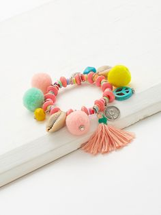 To find out about the Pom Pom & Tassel Decorated Charm Bracelet at SHEIN, part of our latest Bracelets ready to shop online today! Craft Stick Crafts, Crafts To Make, Diy Crafts, Kids Jewelry, Jewelry Making, Easy Art For Kids, Summer Bracelets, Friendship Bracelet Patterns, Craft Fairs