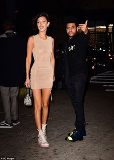 Bella Hadid beams as she joins beau The Weeknd at the movies in NYC Love: Bella gushed that the hitmaker was the 'most beautiful person' she knows, and he mak. Bella Hadid Outfits, Bella Hadid Style, Abel And Bella, Looks Style, My Style, Mannequins, Streetwear Fashion, Celebrity Style, Celebrity Outfits