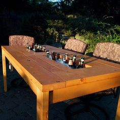 The beer drinkers out there will see the immediate benefits of this table! ♥ it!