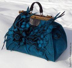 """Войлочная сумка-саквояж """"На дне морском"""" - тёмно-бирюзовый,абстрактный"""