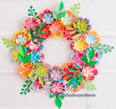 Paper Flower Decor, Paper Flower Backdrop, Paper Flowers, Felt Flower Wreaths, Felt Flowers, Diy Flowers, Recycled Paper Crafts, Valentines Surprise, Diy Spring Wreath