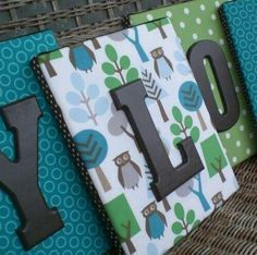 Fabric on canvas with wooden letters. Or using scrap book paper with wooden letters on canvas Do It Yourself Design, Do It Yourself Inspiration, Do It Yourself Home, Cute Crafts, Crafts To Do, Diy Crafts, Diys, Ideias Diy, Monogram Frame