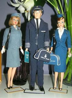 Pan Am Stewardess Barbie, American Airlines Pilot Ken and American Airlines Stewardess Barbie, from Neil Taylor's collection Barbie Et Ken, Play Barbie, Barbie Life, Ken Doll, Vintage Barbie Dolls, Barbie World, Mattel Barbie, Barbie Dress, Barbie Outfits