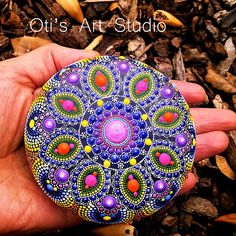 Mandala Stone- Hand Painted This precious stone was created with much love and joy. This mandala stone have in it many hours of joyful work and chanting for the owner to feel the vibration of joy, happiness and worth of our beautiful Universe. Size: 8.5cm.in diameter = 3.35inch. The