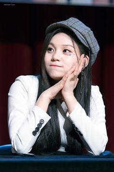 South Korean Girls, Korean Girl Groups, Kim Ye Won, Cloud Dancer, Fans Cafe, Fandom, Entertainment, G Friend, Korean Singer