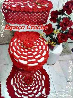 Crochet Mat, Crochet Doilies, Toilet Decoration, Crochet Snowflakes, Crochet Home Decor, Bathroom Sets, Tree Branches, Diy And Crafts, Art Pieces