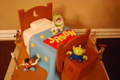 how to make bed head board and foot board - by pink sugar frosting @ CakesDecor.com - cake decorating website