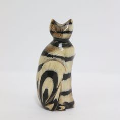 """WATER BUFFALO HORN SMALL SIDE SITTING CAT HAND CARVED FIGURINE - 2.5""""   eBay"""