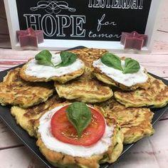 Ti Készítettétek Recept (A recept készítője:Gáti Mercédesz) Szénhidrátcsökkentett cukkini-lángos Hozzávalók: egy közepes méretű cukkini (kb. 300-350 g) 3 db M-es tojás 80 g Szafi Reform lángos lisztkeverék (Szafi Reform lángos lisztkeverék ITT!) 15 g frissen facsart citroml Avocado Toast, Paleo, Breakfast, Ethnic Recipes, Food, Morning Coffee, Beach Wrap, Meals, Yemek