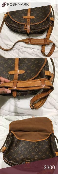 Louis Vuitton Saumar Authentic Preloved Louis Vuitton Saumar Authentic Louis Vuitton Bags Crossbody Bags