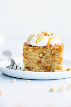 Sticky Banana Walnut Toffee Pudding Cake | The Recipe Critic