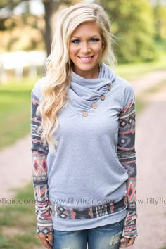 This best selling cowl is exactly what you have been looking for in a fall outfit!