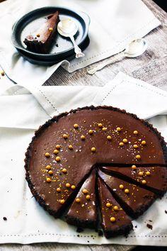 No-bake Salted Butterscotch Chocolate Tart – Dan330