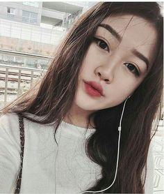 #wattpad #fanfic [Sexting] Na qual Sun Hee prática sexting com pessoas virtuais e Yoongi decidiu conversa com Sun Hee.  Copyright © 2017 by Rabbittae Plágio é crime!!  Iniciada: 26/10/2017