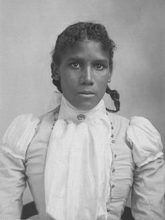 Amazing what wonders surface on the internet. Recently we came across these incredible images of women of color from the Victorian era (mainly from 1860 to 1901) on Downtown LA life. Not much is kn…
