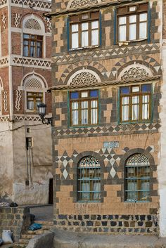 Yemeni architecture on the streets of Sana'a, Yemen