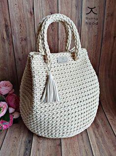 Bag Crochet, Crochet Handbags, Crochet Purses, Crochet Stitches, Crochet Hooks, Boho Crochet Patterns, Crochet Granny, Knitting Patterns, Handbag Patterns