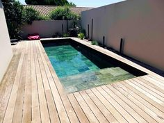 Modern Backyard Design, Small Pool Design, Backyard Pool Designs, Small Backyard Pools, Pool Decks, Outdoor Pool, Outdoor Decor, Swimming Pool Tiles, Swiming Pool