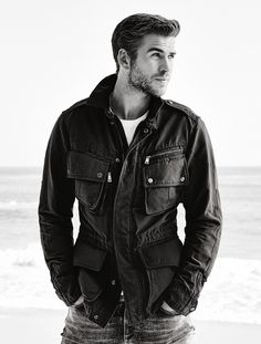 Liam Hemsworth Source