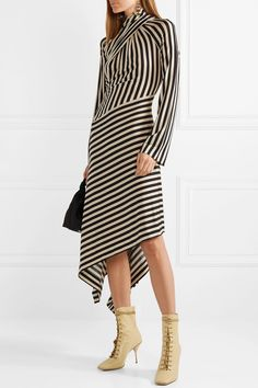 PETER PETROV Stella lace-up leather ankle boots with Dasha striped dress | NET-A-PORTER.COM Dress Outfits, Casual Outfits, Fashion Dresses, Boots Beige, The Dress, Dress Skirt, Belle Silhouette, Foto Fashion, Diy Couture