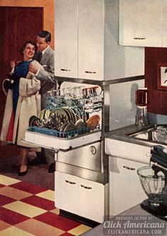 How to be a perfect fifties housewife: In the kitchen - Click Americana Cool Kitchen Appliances, Vintage Appliances, Cool Kitchens, Retro Kitchens, 1950s Kitchen, Old Kitchen, Vintage Kitchen, Kitchen Stuff, Kitchen Ideas