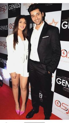 Genius Movie, Cutest Couple Ever, Indian Art Paintings, Indian Teen, Bollywood Stars, Cute Couples, Handsome, Hero, Photoshoot