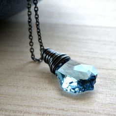 Aquamarine Crystal Necklace - have this, luv it!