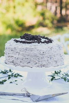 The Best Cookies and Cream Cake | Honest & Tasty