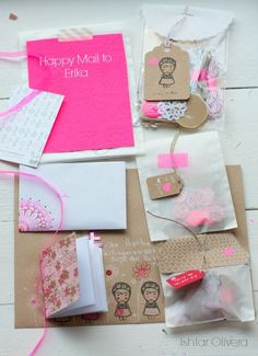 Gifts Wrapping & Package : Happy Mail Project: letter to Erika ♥ Snail Mail Pen Pals, Snail Mail Gifts, Fun Mail, Little Presents, Envelope Art, Pretty Packaging, Pocket Letters, Happy Mail, Mail Art