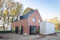 En images : le passage d'une maison terne à une habitation moderne et créative