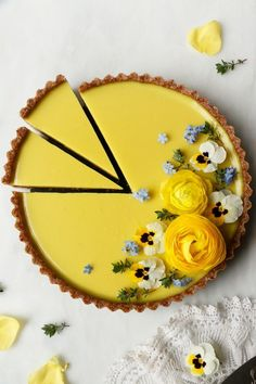 Pineapple Lime Coconut Tart (vegan & grain-free) The Effective Pictures We Offer You About healthy Grain A quality picture can Tart Recipes, Sweet Recipes, Vegan Recipes, Dessert Recipes, Cooking Recipes, Cooking Tips, Just Desserts, Delicious Desserts, Yummy Food