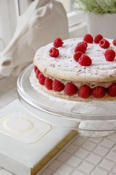 Kulinaari: Divin-kakku - juhlapöydän ranskalainen hurmaaja