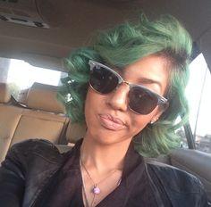 I want green hair soooo bad Cute Hairstyles For Short Hair, Pretty Hairstyles, Curly Hair Styles, Natural Hair Styles, Creative Hairstyles, Love Hair, Gorgeous Hair, Locks, Fox Hair Dye