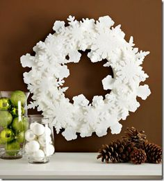 winter-wreath and lots more fabulous wreath designs to make for your front door!