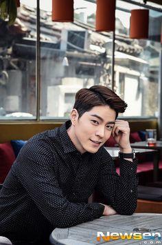 [newsen]20150427 #HongJongHyun For Media Interview
