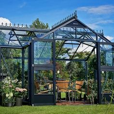 Juliana Orangery Greenhouse OFF Sale at Greenhouse Stores! Buy this luxury aluminium garden orangery online with free UK delivery. Garden Structures, Outdoor Structures, Large Bbq, Forest Garden, Bank Holiday Weekend, Diy Greenhouse, Different Plants, Isle Of Wight, Conservatory