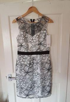 BNWT £150 Lipsy VIP Size 10 12 White Floral Dress Wedding Races Christening Hen?