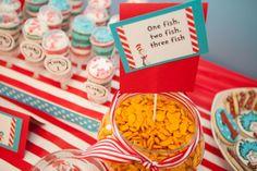 Goldfish snacks at a Dr. Seuss Party #drseuss #partysnacks